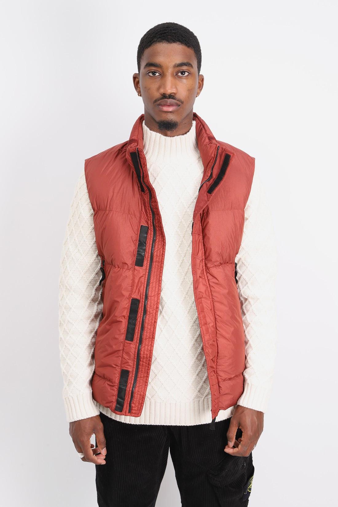 STONE ISLAND / G0123 sleeveless down jacket V0015 mattone