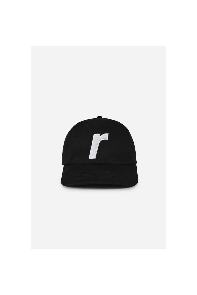 R logo cap Black