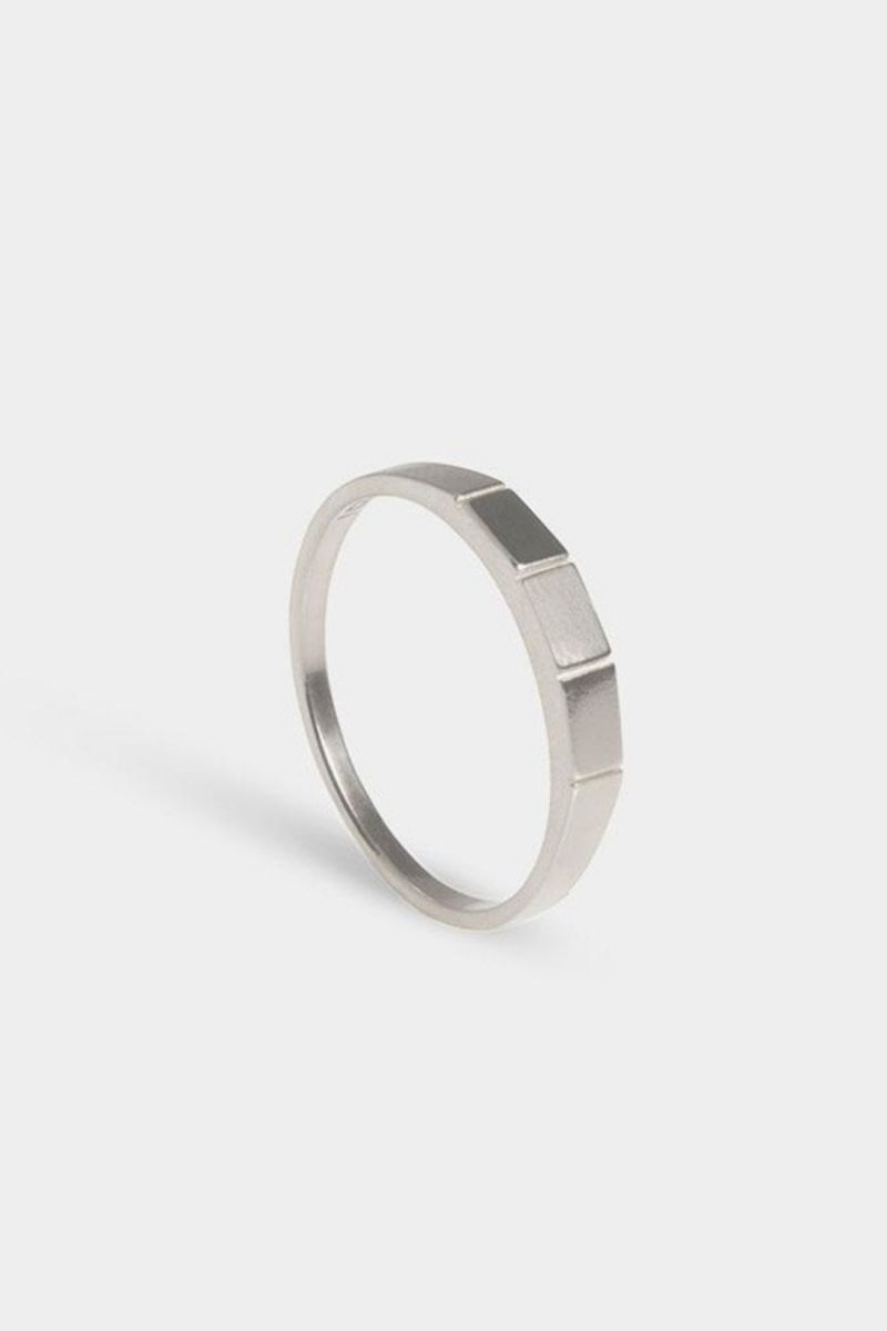 Ring apex Silver