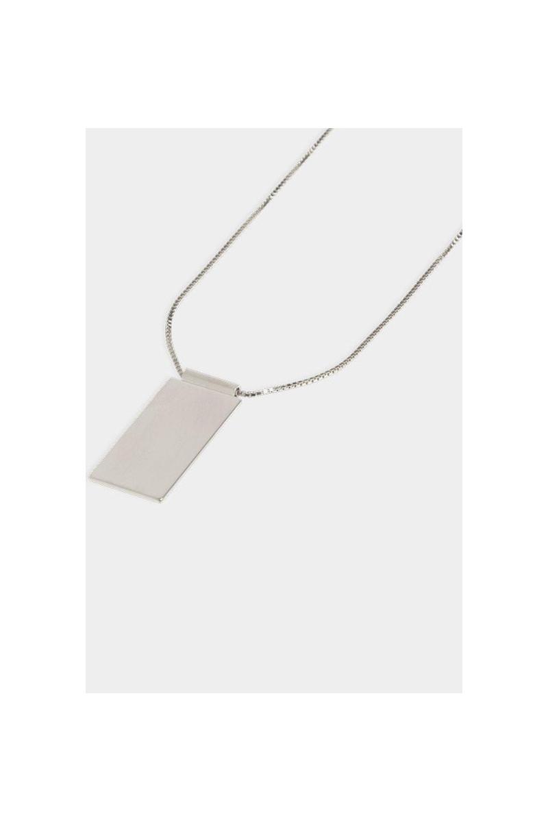 Necklace caption pendant Silver