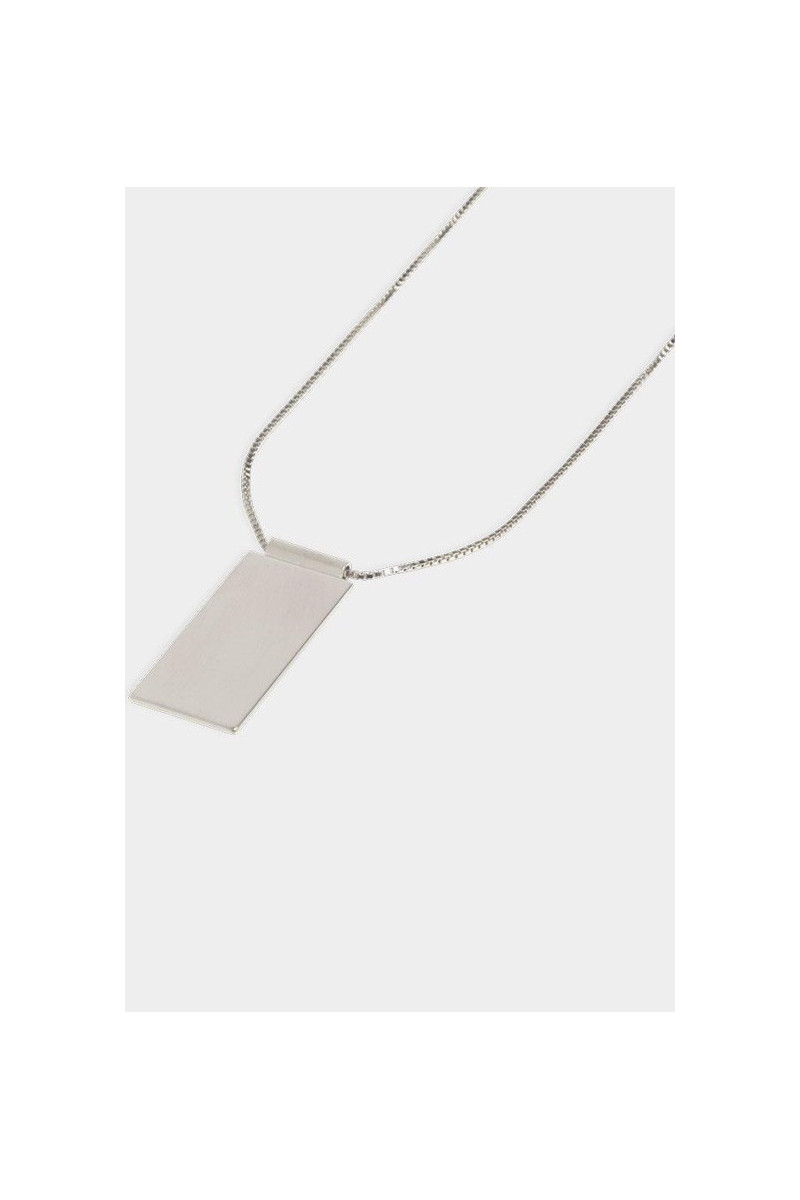 Necklace caption pendant Silver