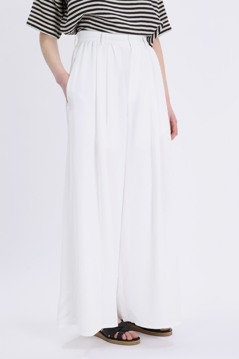 Flare costume pants White