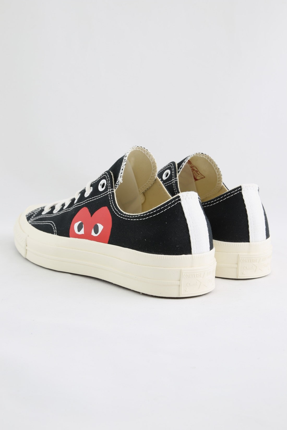 Play new chuck taylor low Black