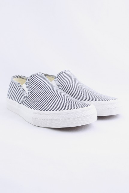 Slip on cotton shoes Hickory stripe