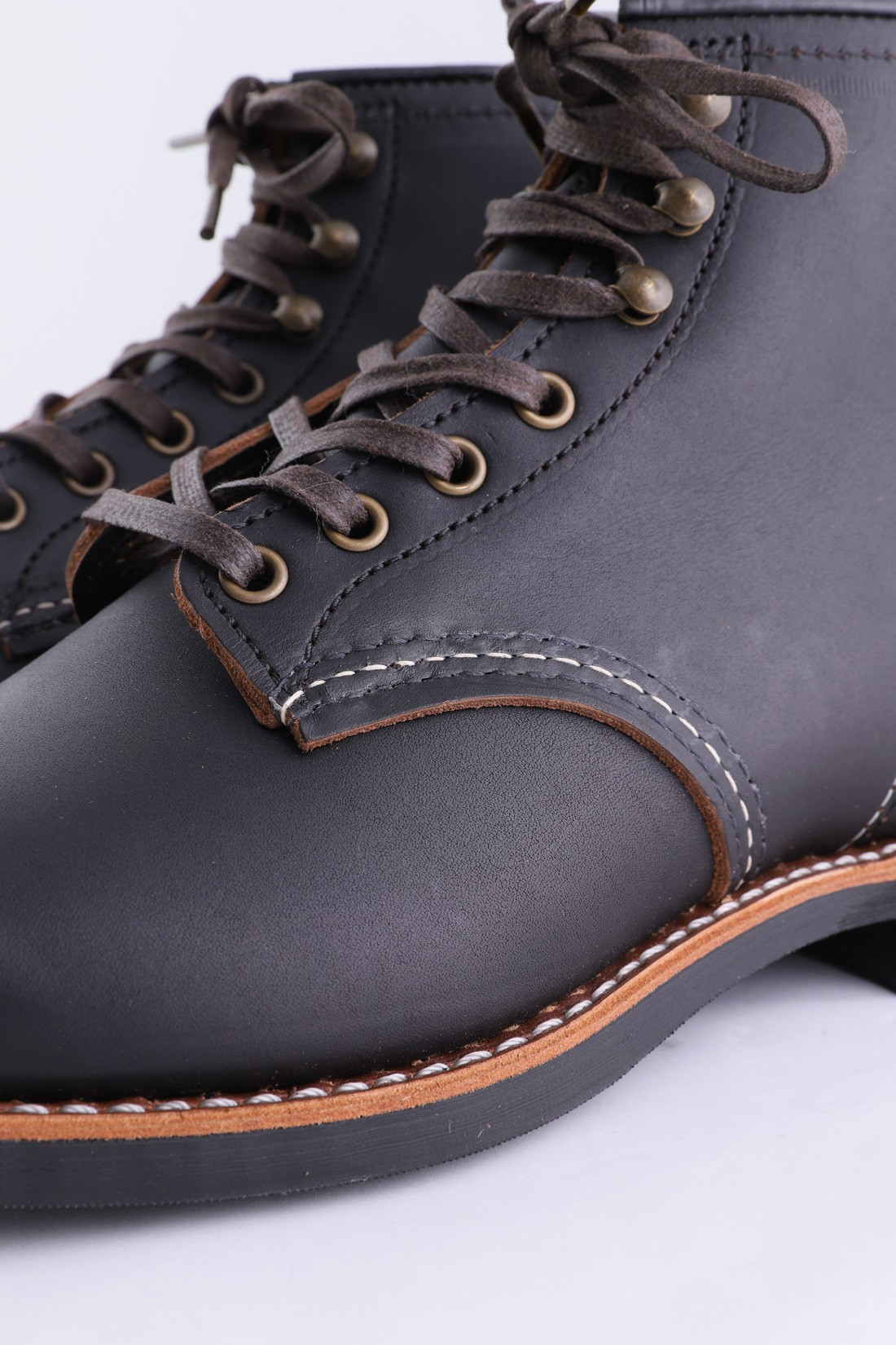 RED WING / Blacksmith style n.3345 Black