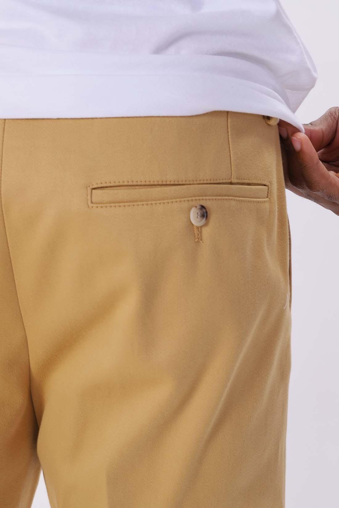 AMI / Pantalon droit Ocre