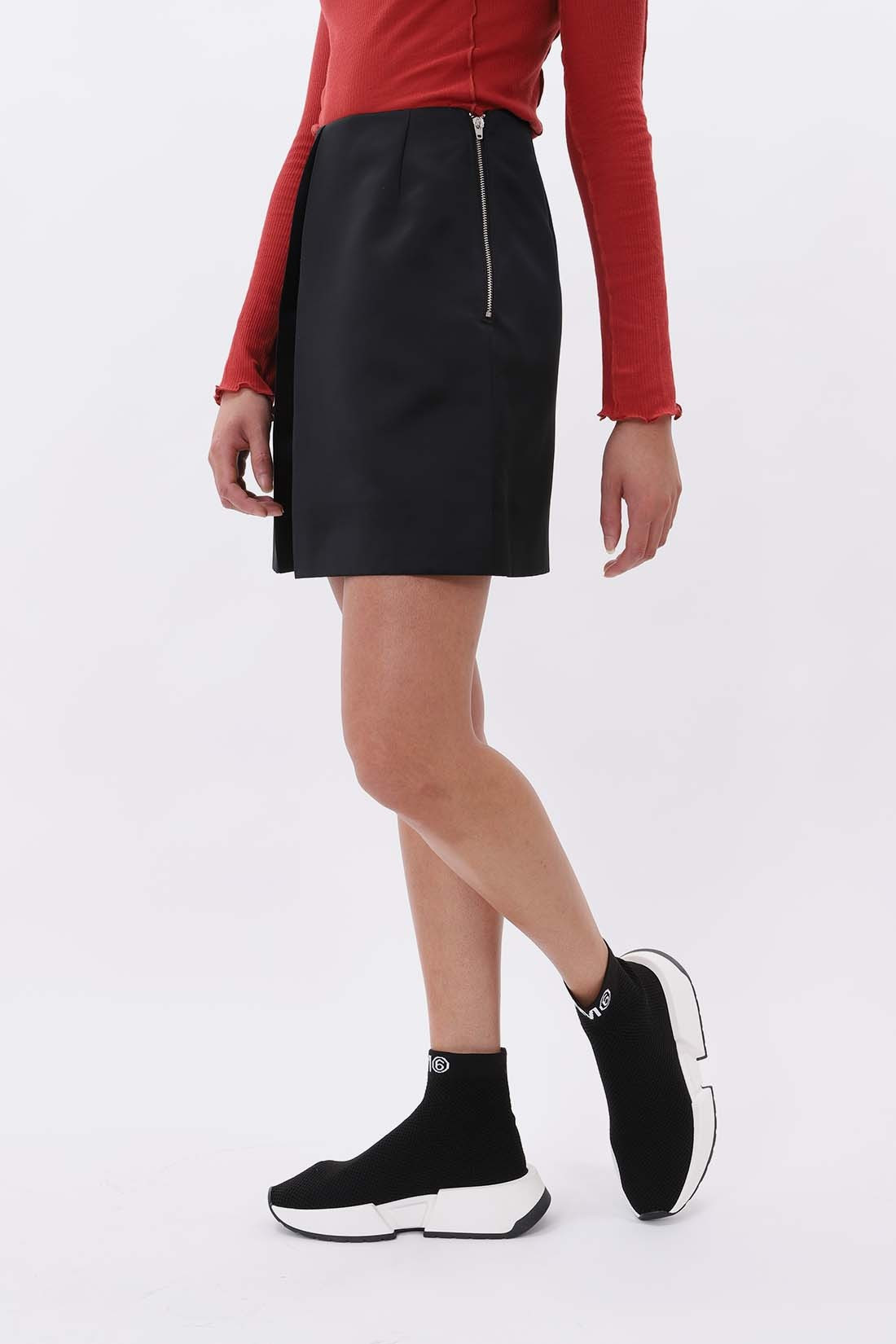 MM6 MAISON MARGIELA FOR WOMAN / Satin skirt Black