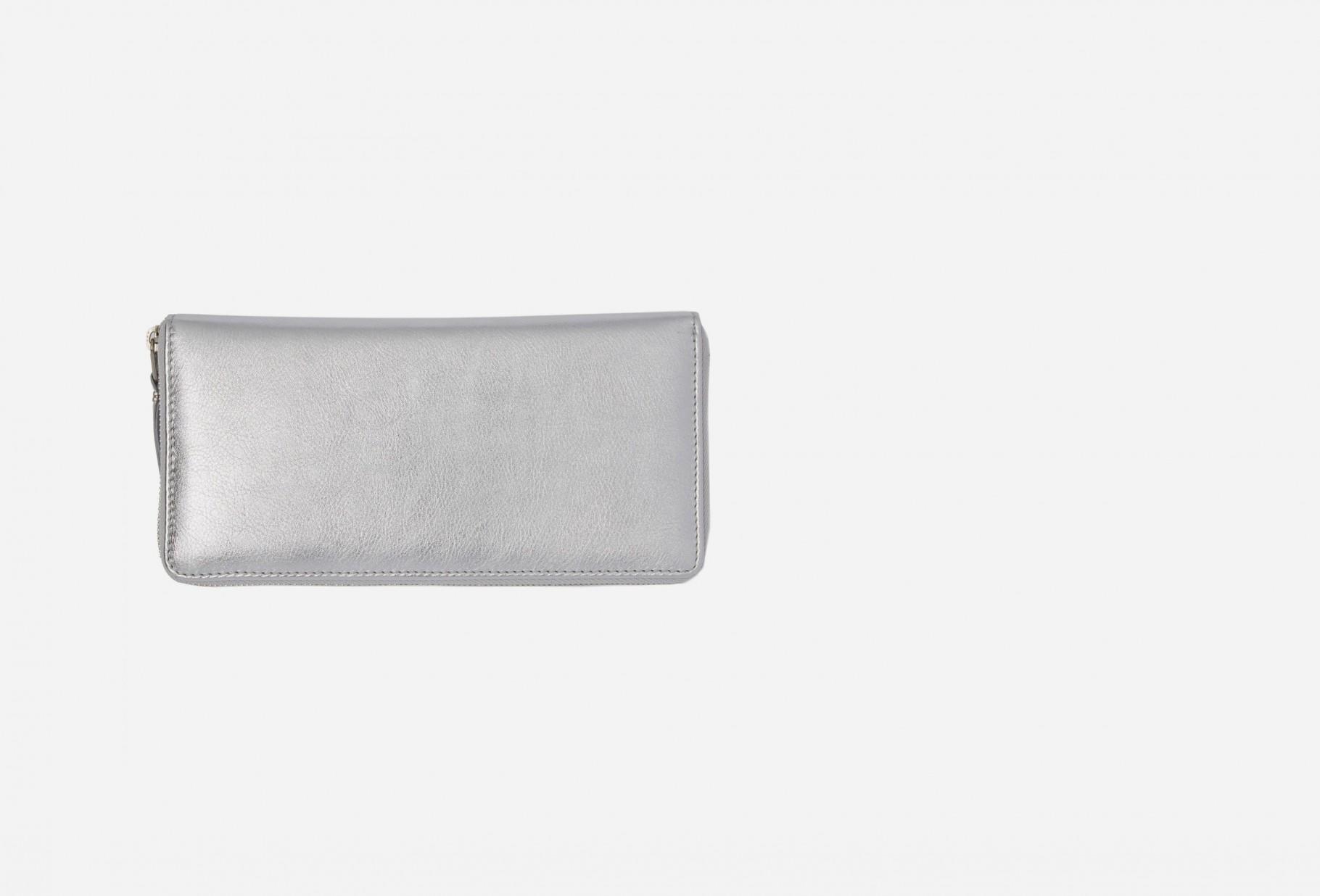CDG WALLETS FOR WOMAN / Cdg silver wallet sa0110g Silver