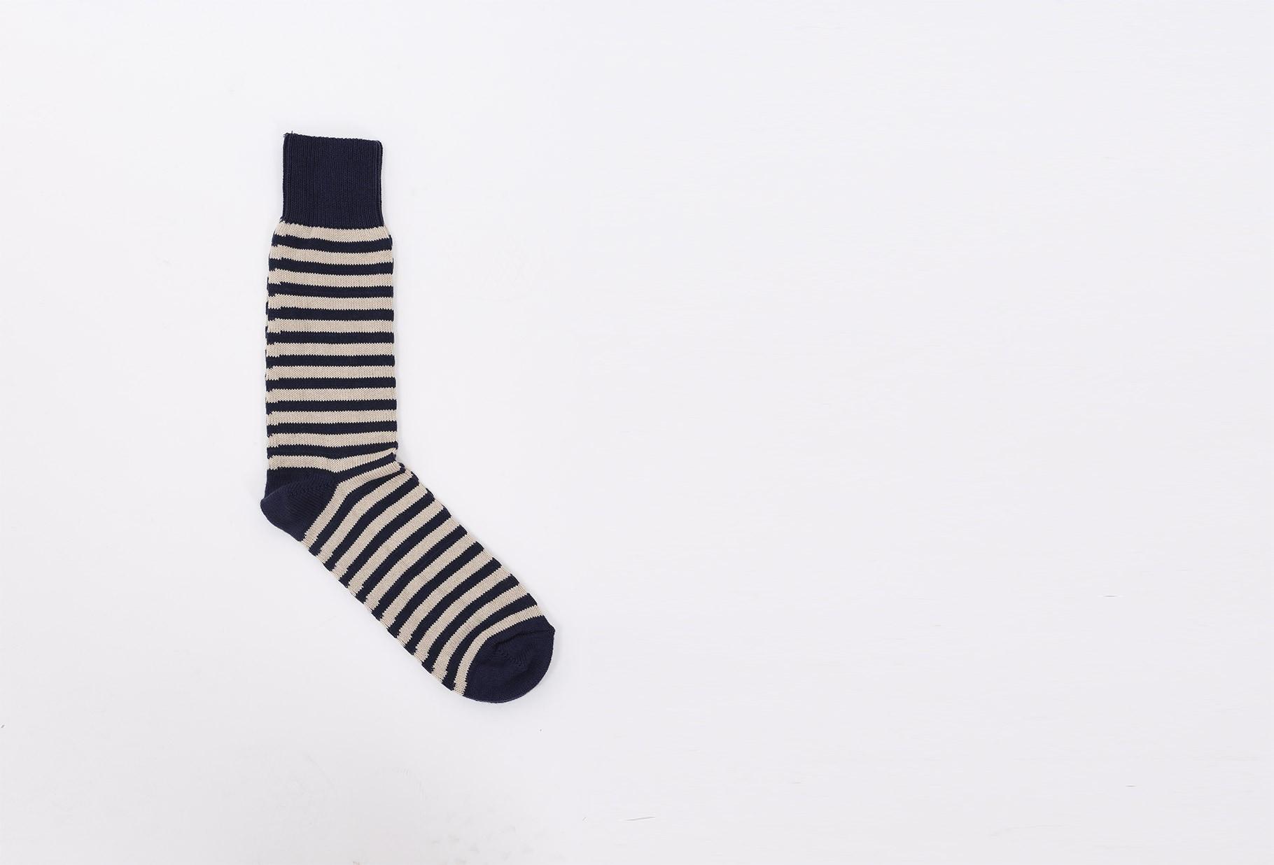 UNIVERSAL WORKS / Stripe socks Navy