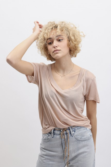 V neck tee Nude