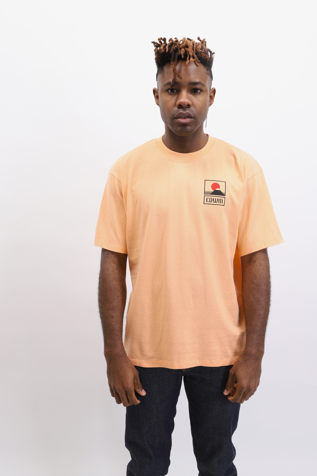EDWIN / Sunset on mt fuji t-shirt Cantaloupe