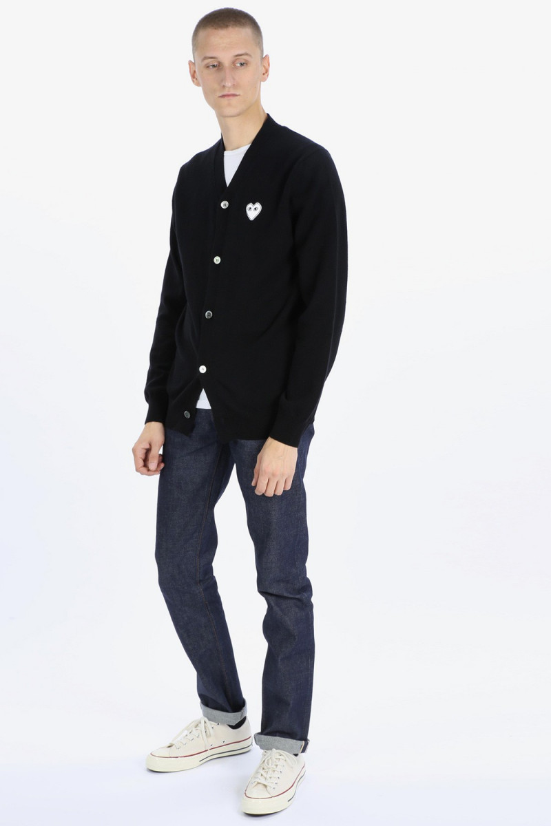 Play white heart cardigan Black