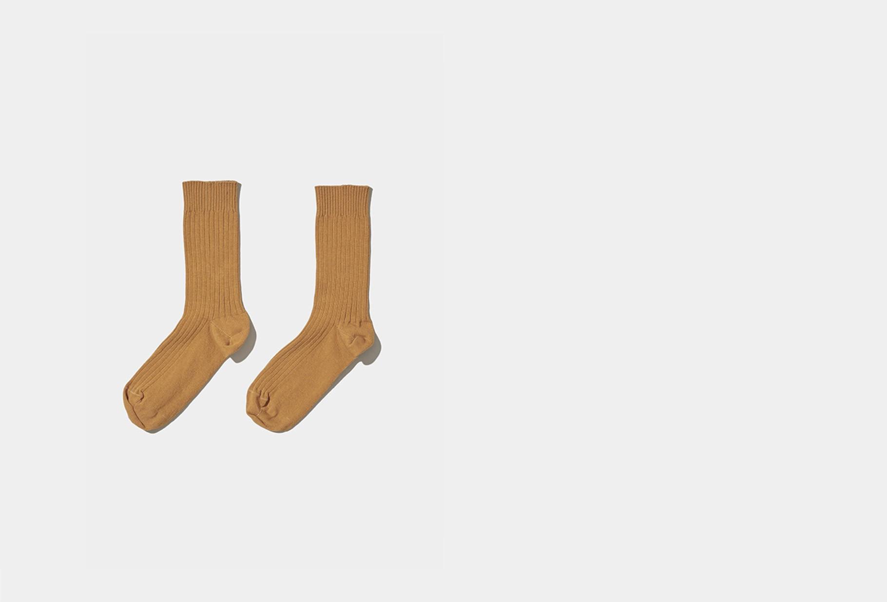BASERANGE / Rib ankle socks Okra