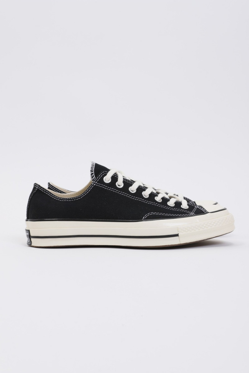 Ctas 70's ox Black