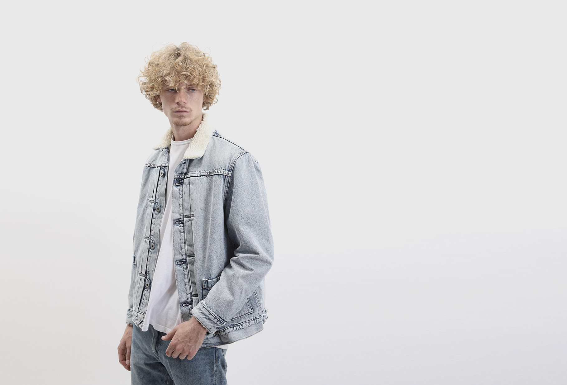 LEVI'S ® MADE AND CRAFTED / Lmc type ii ™ sherpa truck Lmc ice pick