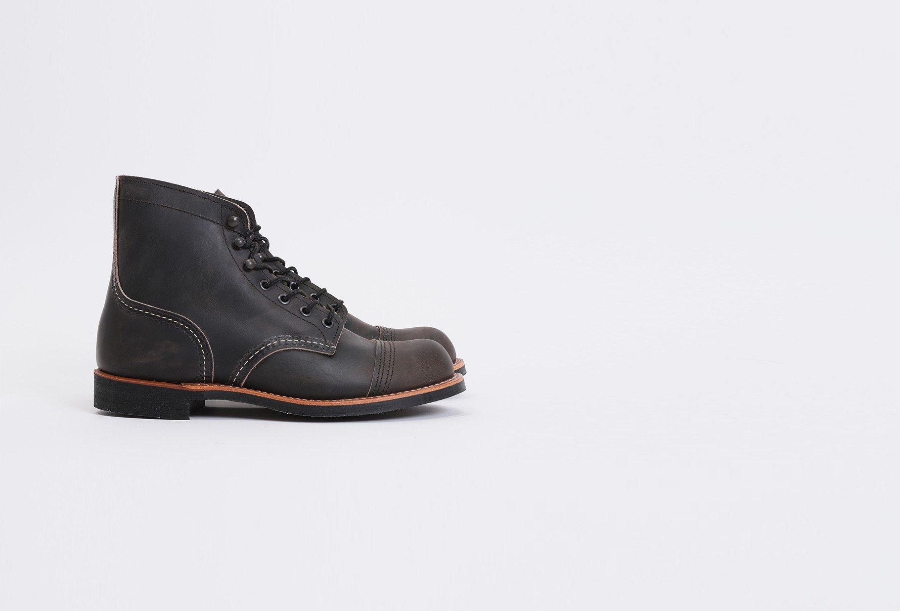 RED WING / Iron ranger style no.8086 Charcoal