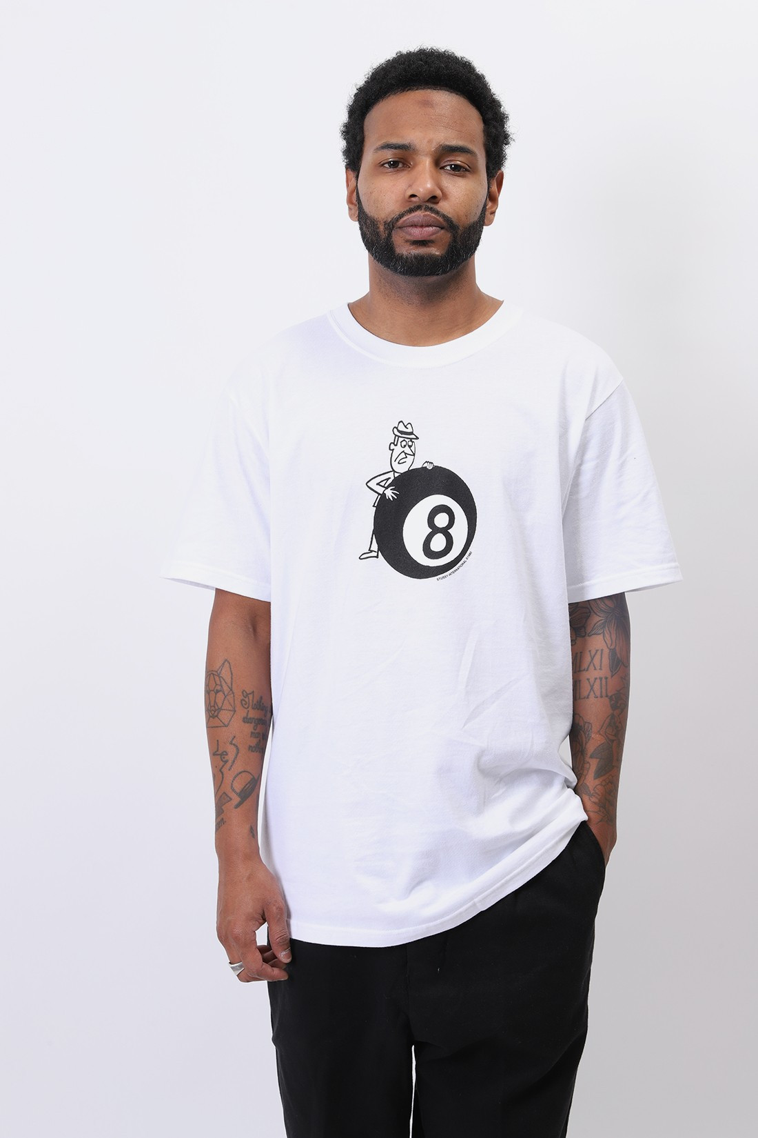 STUSSY / Behind the 8 ball tee White