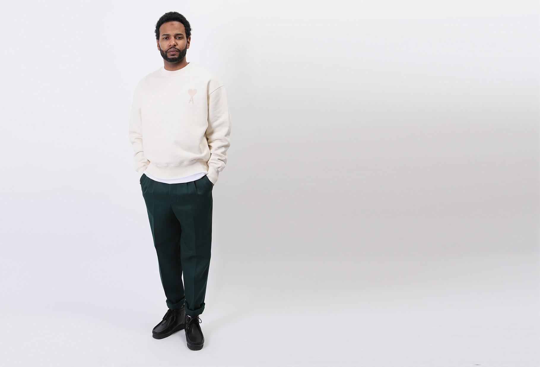 AMI / Sweatshirt ami de coeur Ecru