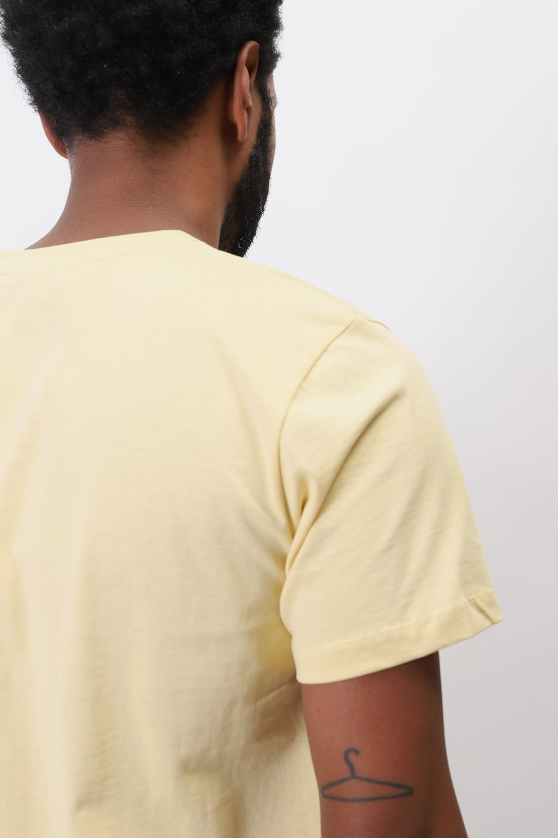 A.P.C. / T-shirt item Jaune clair