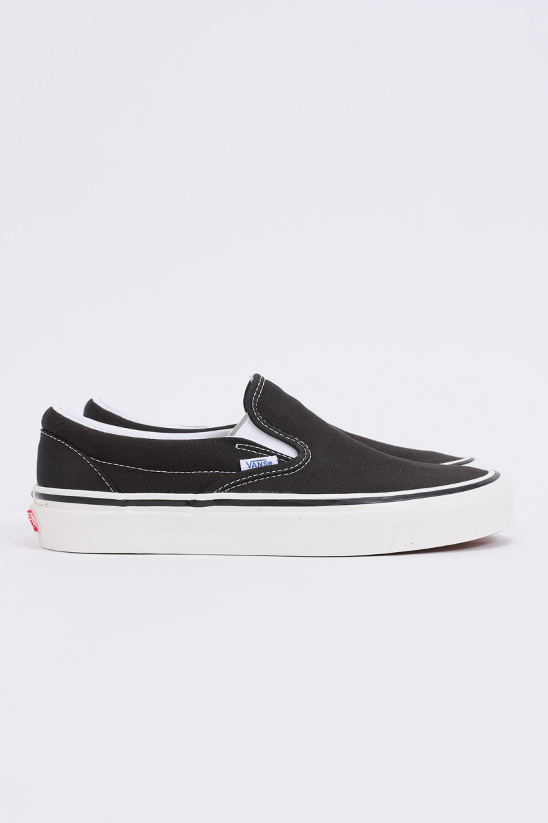 Classic slip-on 98 dx Black