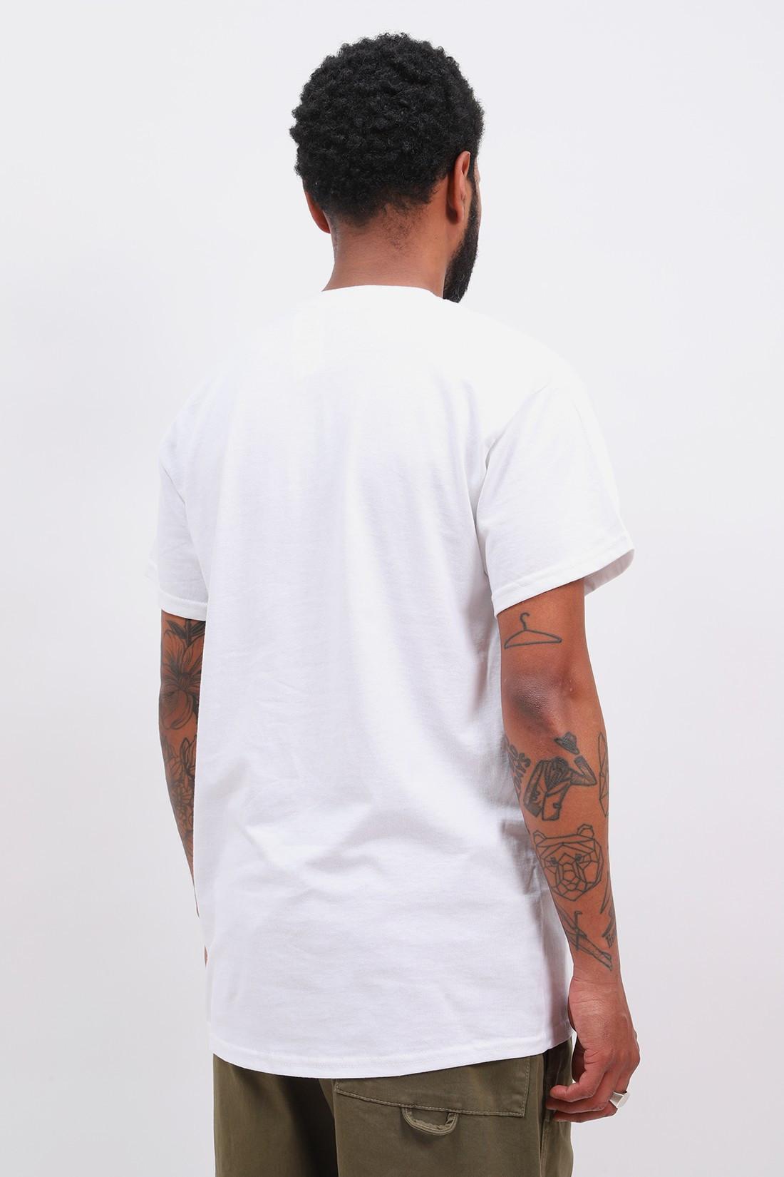 BISOUS SKATEBOARDS / T shirt cap d adgde White