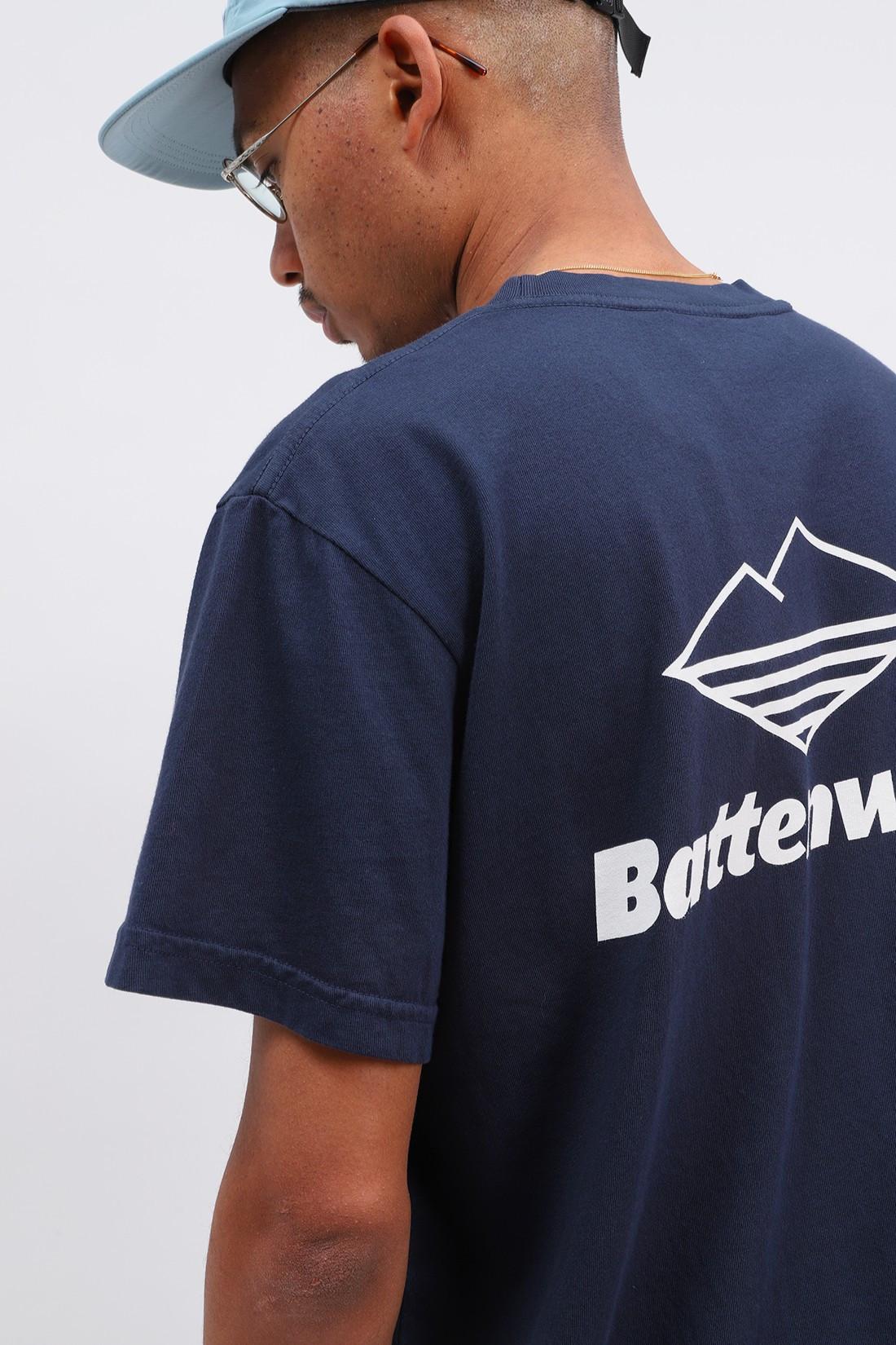 BATTENWEAR / Team s/s pocket tee Navy
