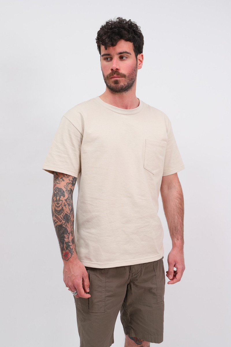 Pocket t-shirt Ecru