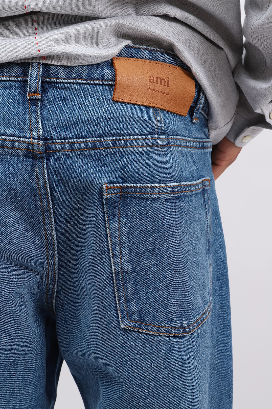 AMI / Jean tapered fit Bleu used