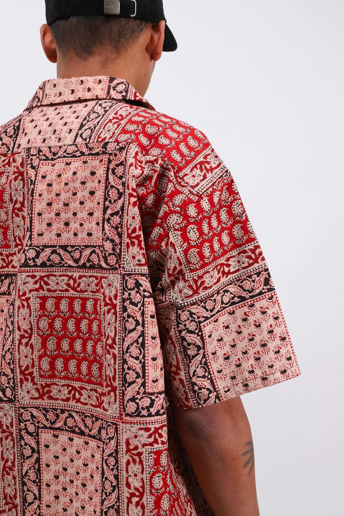 BEAMS PLUS / Ss open collar block print Red