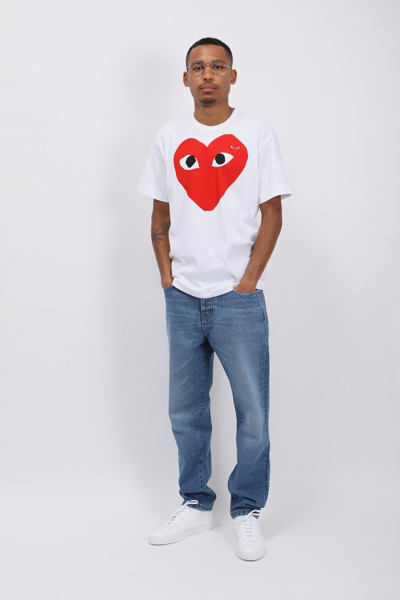 Red play t-shirt White