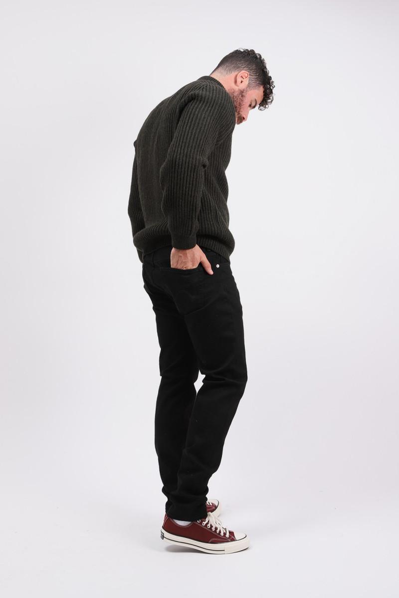 Slim tapered kaihara stretch Black x black rinsed