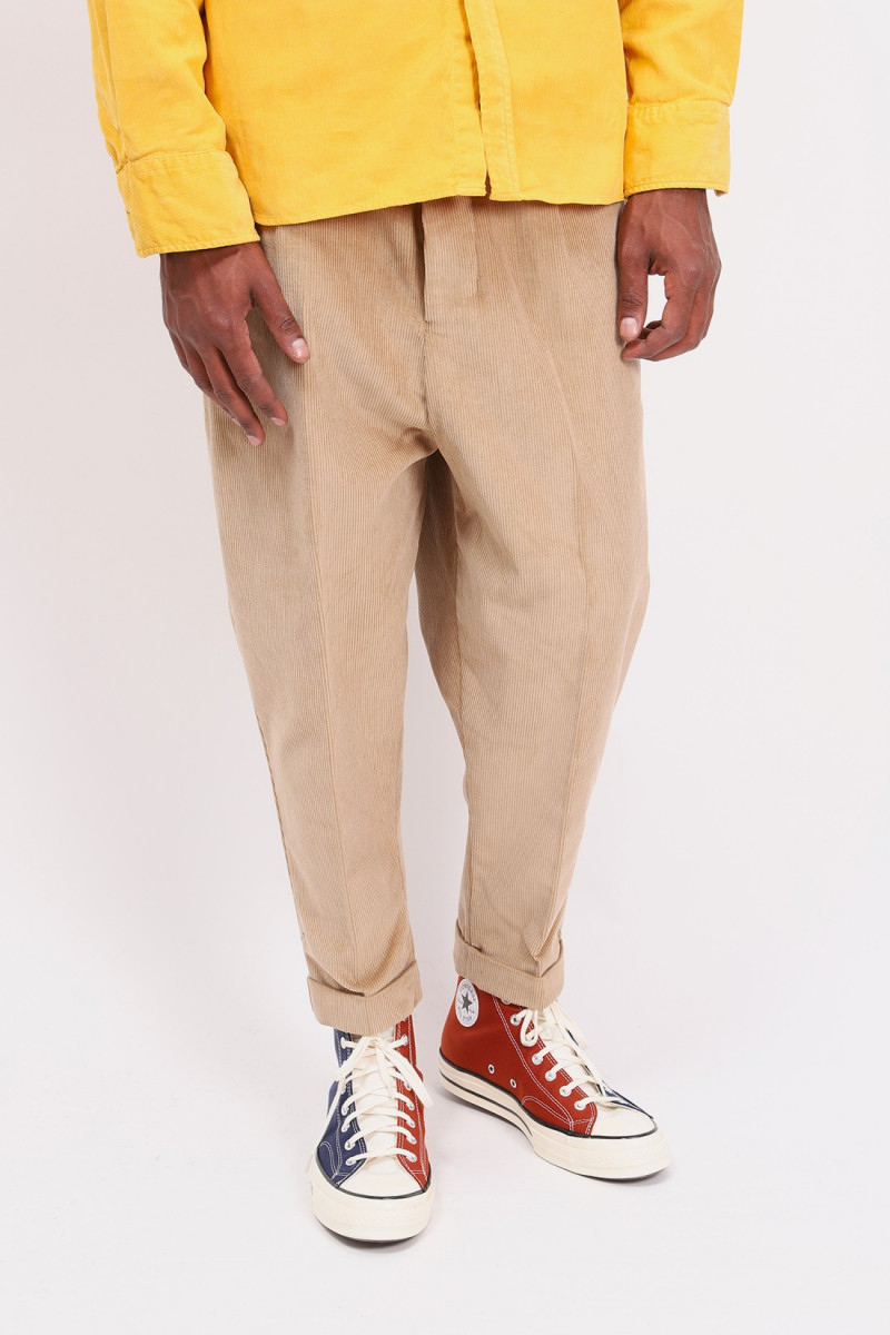 Corduroy carrot trousers Champagne