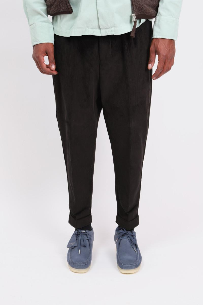Corduroy carrot trousers Black