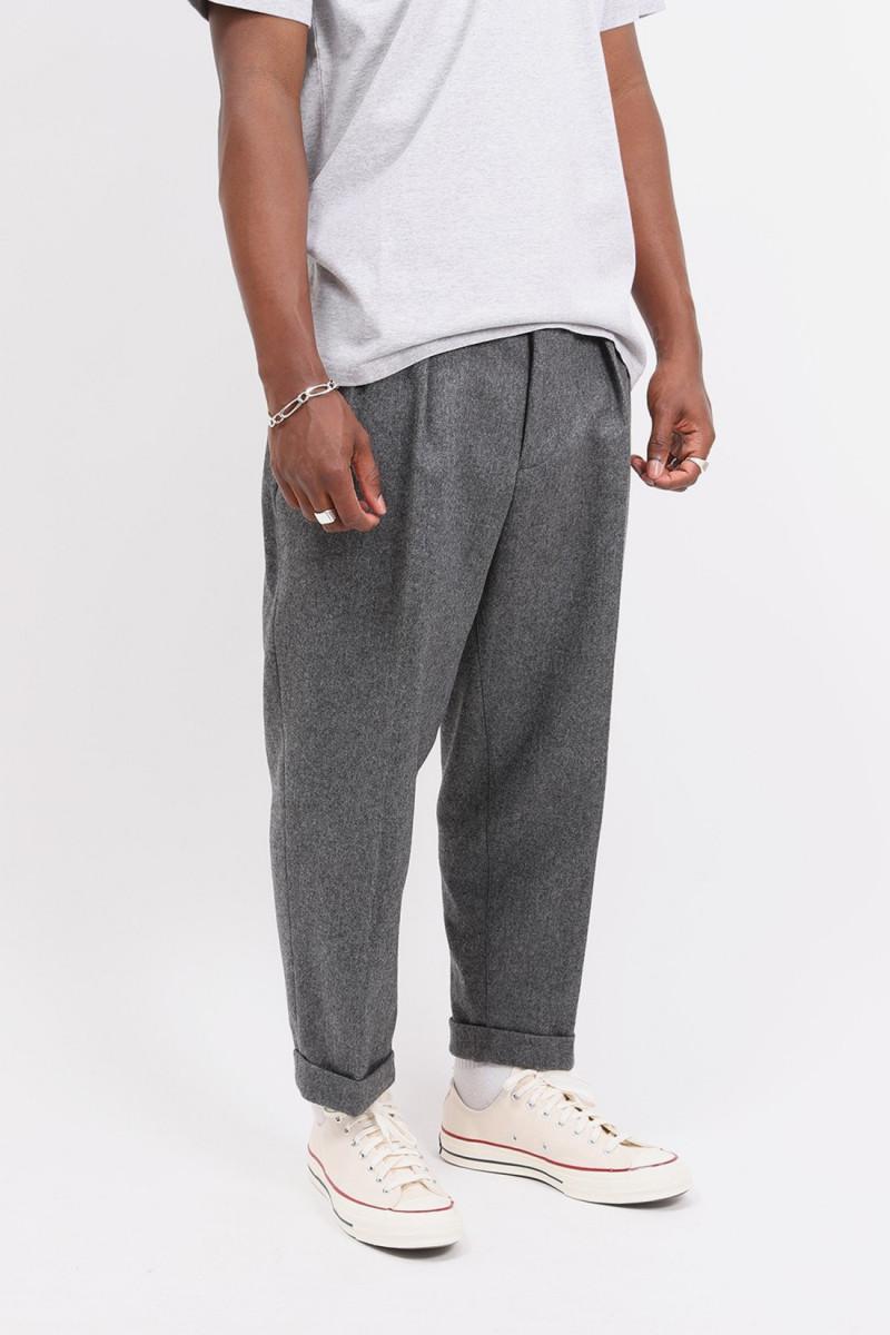 2pleats flannel Grey