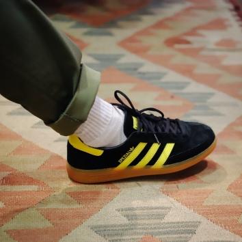 Adidas Spezial Black & Yellow. #adidasspezial