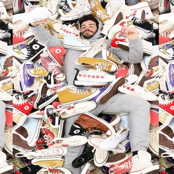 Looks like he got a good one !What's yours ?#converse #conversechucktaylor #conversecdg #conversepurcell